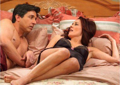 raymond-debra-sexy-bedroom-scene